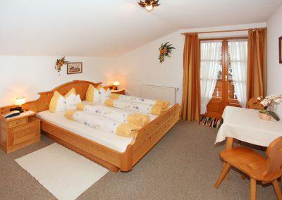 Ferienwohnung Alpspitze - Schlafzimmer