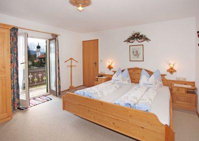 Ferienwohnung Karwendel - Schlafzimmer
