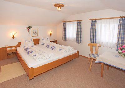 Ferienwohnung Zugspitze - Schlafzimmer